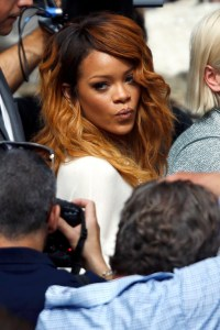 Rihanna ที่งาน Chanel Fashion Show