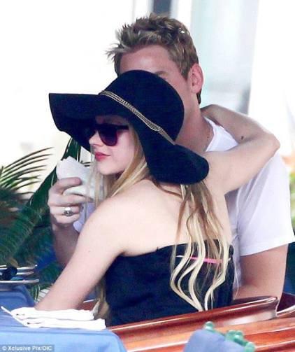 Avril และ Chad ที่ Portofino