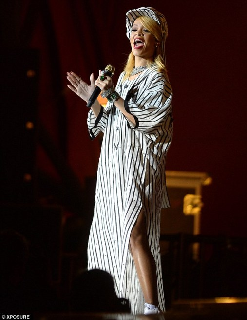 Rihanna แสดงที่ Denmark