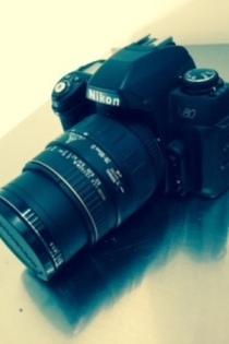 กล้องของ Miley Cyrus ที่ลงขายใน Ebay
