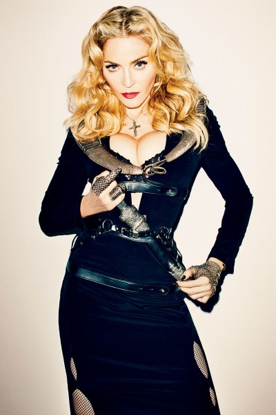 20131004-pictures-madonna-harpers-bazaar-cover-november-issue-spread-05