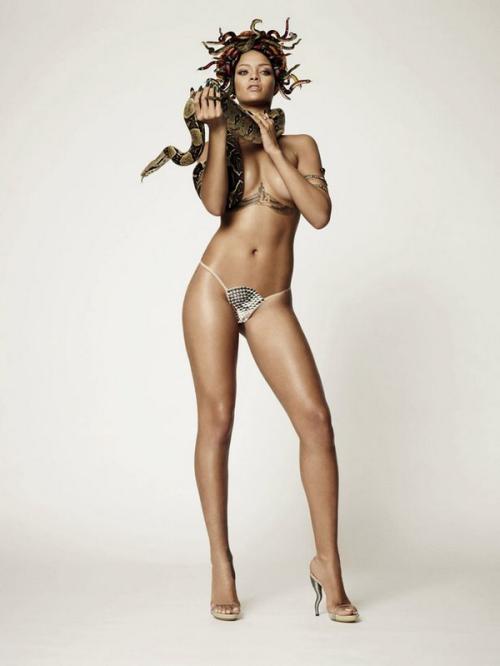 Rihanna ถ่ายแบบ GQ