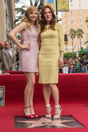 Chloe Grace Moretz และ Julianne Moore